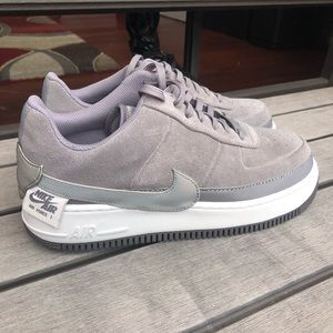 NEW Nike Air Force 1 Jester Low Size 11 Gray Shoe